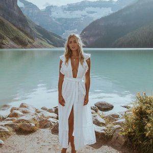 MAJORELLE White Mistwood Broderie Midi Dress R$375